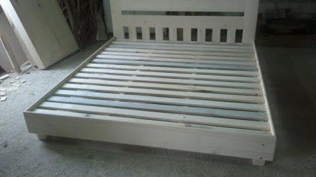Бюджетный вариант деревянной кровати